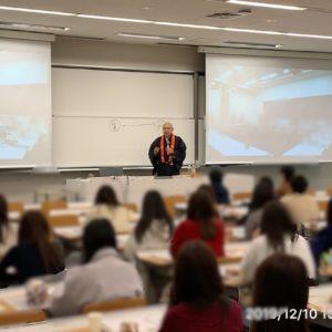 明治大学で仏教講義